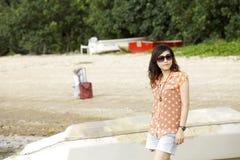 Mulher asiática nova atrativa Imagens de Stock Royalty Free
