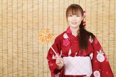 Mulher asiática nova no quimono Foto de Stock Royalty Free