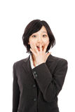 Mulher asiática nova que surpreende Imagens de Stock Royalty Free