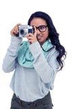 Mulher asiática que toma a imagem com câmara digital Fotografia de Stock
