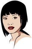 Mulher asiática de cabelos curtos na obscuridade - batom vermelho Foto de Stock Royalty Free