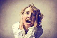 Mulher assustado imagem de stock