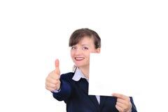 Mulher atrativa com papel em branco Imagens de Stock Royalty Free