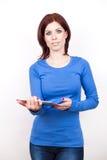 Mulher atrativa com PC da tabuleta fotografia de stock royalty free