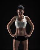 Mulher atrativa da aptidão, corpo fêmea treinado, portrai do estilo de vida Foto de Stock Royalty Free