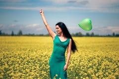 Mulher bonita com balão imagens de stock