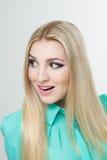 Mulher bonita com cabelos louros por muito tempo retos Imagem de Stock Royalty Free