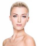 Mulher bonita com face da beleza Foto de Stock Royalty Free
