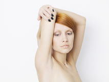 Mulher bonita com penteado curto imagens de stock royalty free