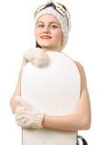 Mulher bonita com um snowboard no estúdio fotos de stock royalty free