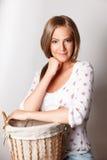 Mulher bonita com uma cesta Foto de Stock