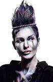 A mulher bonita com xadrez criativa figura a composição Imagem de Stock