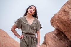 Mulher bonita da menina - mexicano latino indiano india na forma profissional imagens de stock