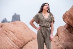 Mulher bonita da menina - mexicano latino indiano india na forma profissional imagens de stock royalty free