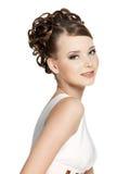 Mulher bonita da sensualidade com penteado da beleza imagens de stock royalty free