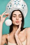 Mulher bonita do inverno imagens de stock royalty free