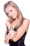 Mulher bonita em um vestido preto Fotografia de Stock Royalty Free