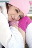 Mulher bonita na estação de queda Foto de Stock Royalty Free