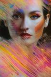 Mulher bonita na pintura da cor imagens de stock royalty free