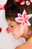 Mulher bonita no perfil fotos de stock royalty free
