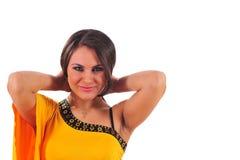 Mulher bonita no vestido amarelo fotos de stock