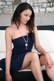 Mulher bonita no vestido curto fotografia de stock