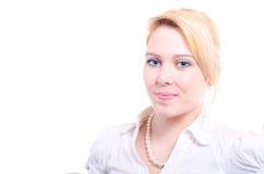 Mulher bonita nova bem sucedida que olha séria Foto de Stock Royalty Free