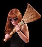 A mulher bonita nova com whisk e vidros imagens de stock royalty free