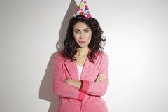 Mulher bonita que comemora seu aniversário Fotos de Stock