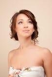 Mulher bonita que olha acima Fotos de Stock