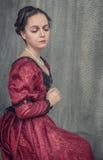 Mulher bonita triste no vestido medieval Fotos de Stock
