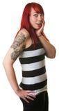 Mulher bonito surpreendida no cabelo vermelho foto de stock