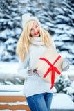 Mulher caucasiano loura bonita nova Imagens de Stock
