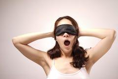 Mulher chinesa asiática com sua tampa do olho Foto de Stock