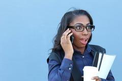 Mulher choc no telefone imagens de stock royalty free