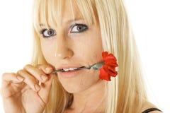 Mulher com única flor Fotografia de Stock