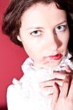 Mulher com bordos vermelhos fotografia de stock royalty free