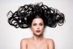 Mulher com cabelo bonito fotografia de stock