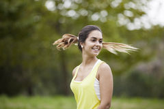 Mulher com cabelo do vôo imagem de stock