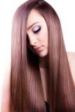 Mulher com cabelo longo saudável imagens de stock