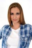 Mulher com camisa verific Fotos de Stock