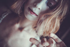 Mulher com cara criativa, luz suave Imagens de Stock Royalty Free
