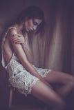 Mulher com cara criativa, luz suave Fotografia de Stock Royalty Free
