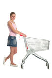 Mulher com carro de compra Imagens de Stock