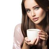 Mulher com chávena de café imagens de stock royalty free