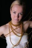 Mulher com colar Fotografia de Stock Royalty Free