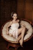 Mulher com composição criativa das pérolas Foto de Stock Royalty Free