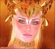 Mulher com coroa do ouro, colar, composição do olho e fundo abstrato de harmonização do ouro Imagem de Stock Royalty Free