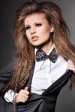 A mulher com curvar-amarra Imagens de Stock Royalty Free