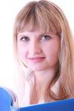 Mulher com dobrador azul Foto de Stock Royalty Free